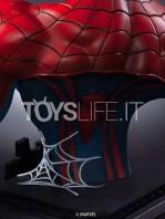 11.queen-studios-marvel-comics-spiderman-classic-lifesize-bust-toyslife-07