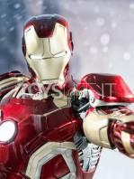 avengers-age-of-ultron-ironman-mark-43-toyslife-03