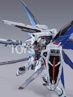 bandai-gundam-freedom-concept-2-metal-build-figure-toyslife-05
