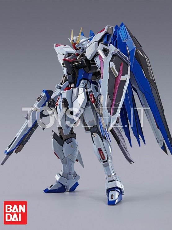 bandai-gundam-freedom-concept-2-metal-build-figure-toyslife-icon