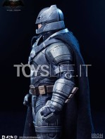 batman-vs-superman-batman-armored-toyslife-02