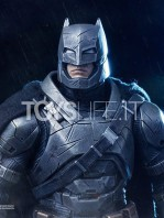 batman-vs-superman-batman-armored-toyslife-05