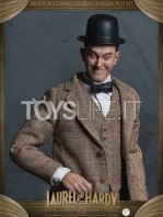 big-chief-stan-laurel-and-oliver-hardy-classic-suits-figures-pack-toyslife.04