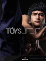 blitzway-bruce-lee-80th-anniversary-1:4-statue-toyslife-15