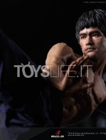 blitzway-bruce-lee-80th-anniversary-1:4-statue-toyslife-16