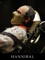 blitzway-the-silence-of-the-lambs-hannibal-lecter-straitjacket-version-figure-toyslife-05