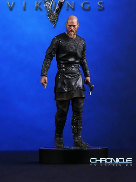 chronicle-collectibles-vikings-king-ragnar-statue-toyslife-icon