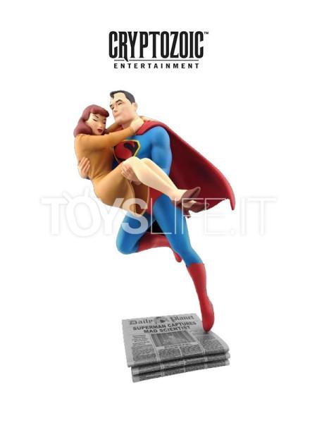 cryptozoic-entertainment-superman.rescues-lois-lane-statue-toyslife-icon