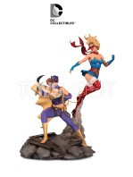 dc-bombshells-batgirl-and-supergirl-limited-statue-toyslife-icon