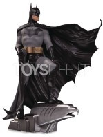 dc-designer-series-batman-by-alex-ross-statue-toyslife-01