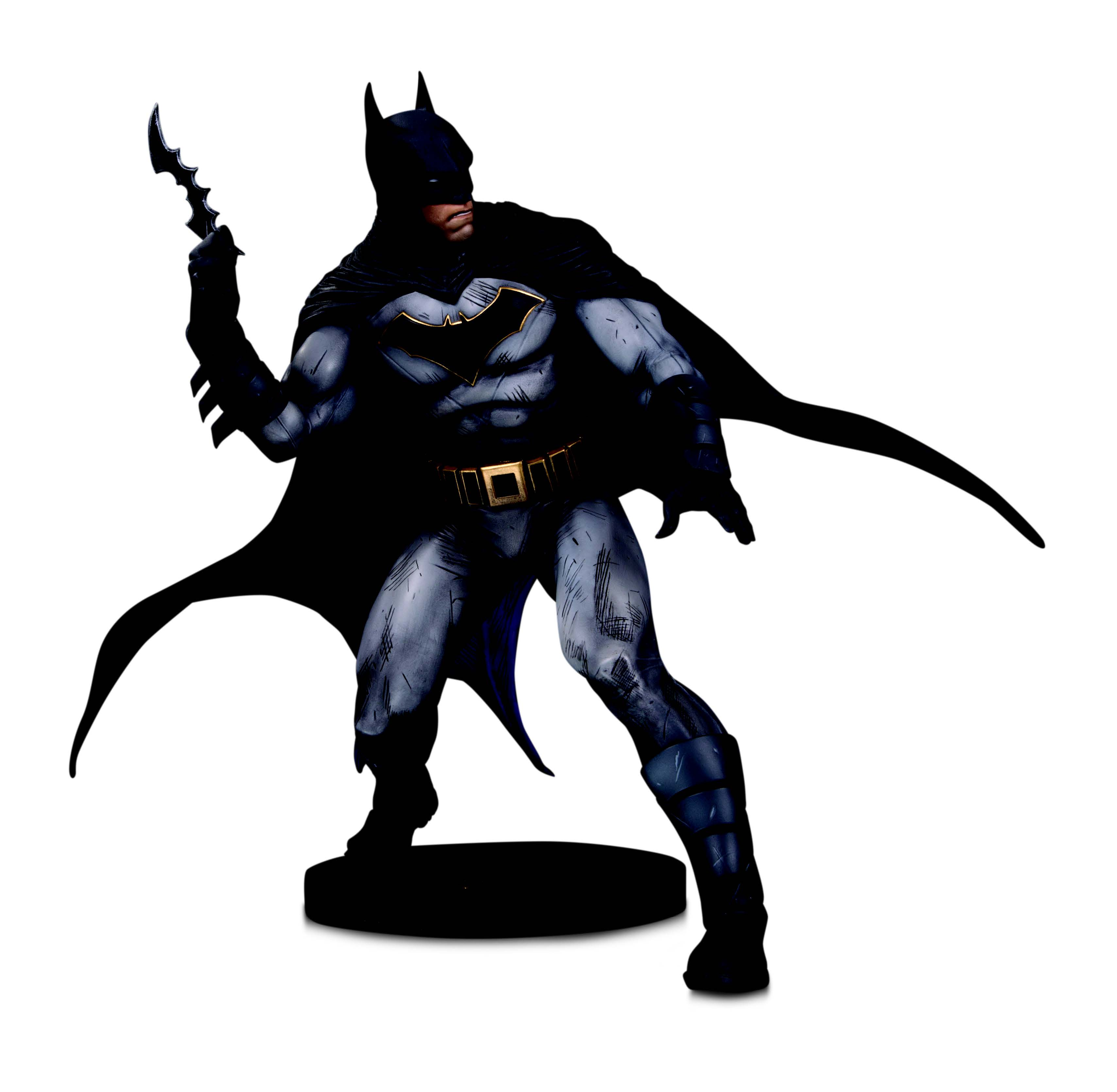 dc-designer-series-batman-statue-by-olivier-coipel-toyslife-01