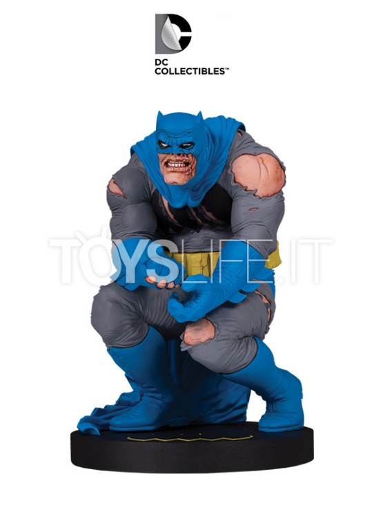 dc-designer-series-the-dark-knight-returns-batman-by-frank-miller-statue-toyslife-icon