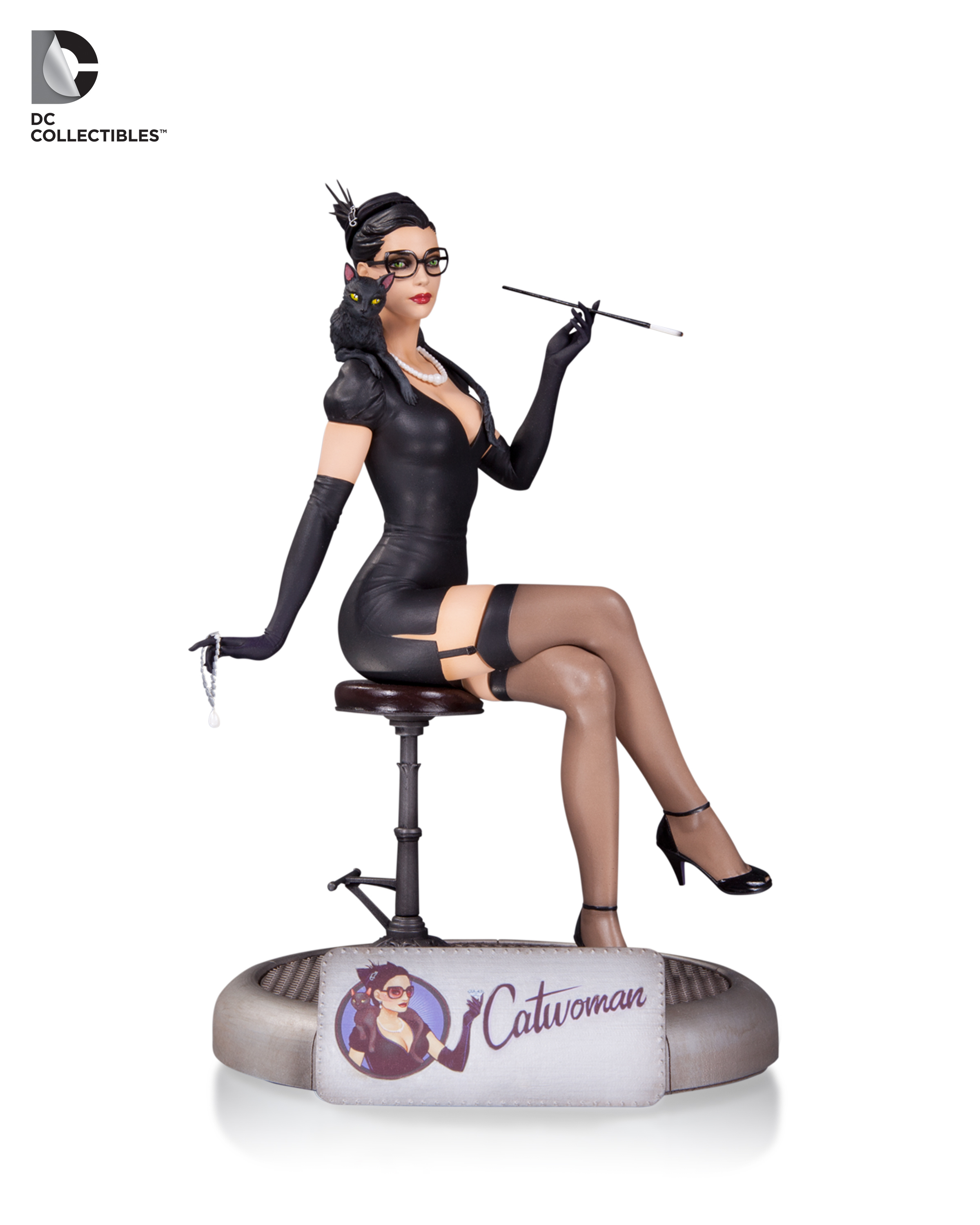 dc-direct-catwoman-bombshell-toyslife