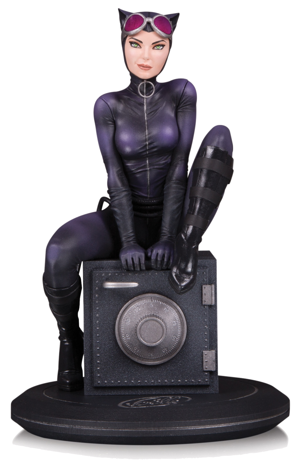 dc-direct-cover-girls-catwoman-by-joelle-jones-statue-toyslife