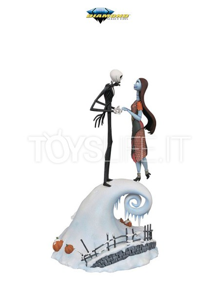 diamond-milestones-disney-nightmare-before-christmas-jack-and-sally-statue-toyslife-icon