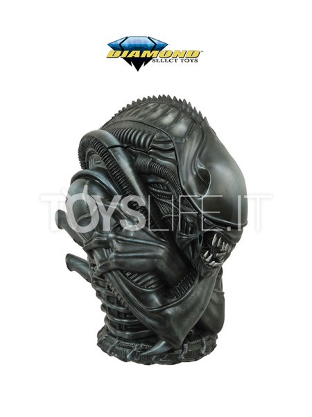diamond-select-alien-warrior-cookie-jar-toyslife-icon