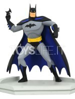 diamond-select-dc-justice-league-animated-batman-statue-toyslife-01