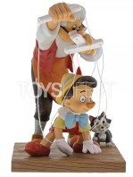 disney-enchanting-collection-pinocchio-statue-toyslife-icon