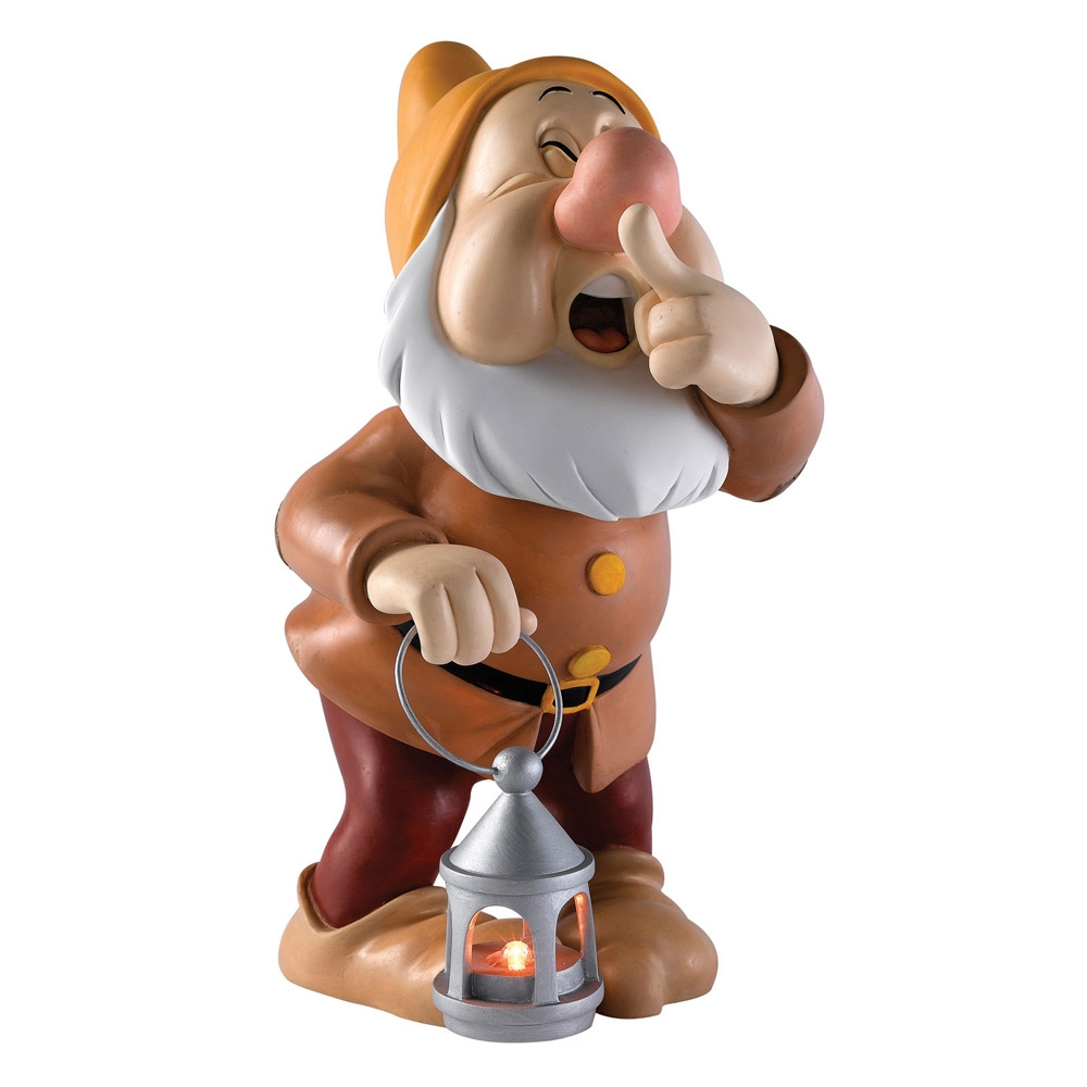 disney-enchanting-collection-sneezy-statement-toyslife-001