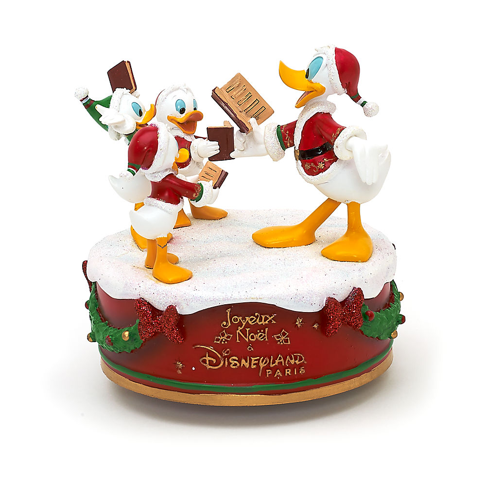 disney-parks-autenthic-christmas-donald-and-nephews-toyslife