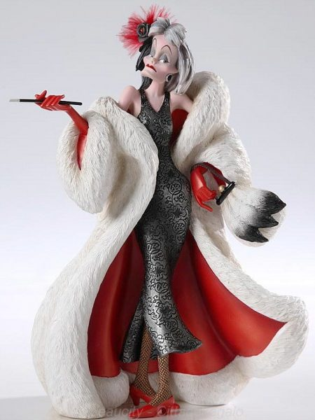 disney-showcase-crudelia-haute-couture-toyslife-icon
