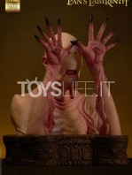 elite-creature-collectibles-pan's-labyrinth-pale-man-lifesize-bust-toyslife-02