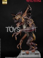 elite-creatures-collectibles-gremlins-2-mohawk-lifesize-replica-toyslife-02