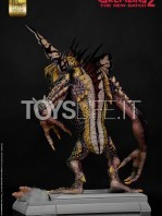 elite-creatures-collectibles-gremlins-2-mohawk-lifesize-replica-toyslife-04