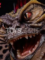 elite-creatures-collectibles-gremlins-2-mohawk-lifesize-replica-toyslife-07