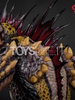 elite-creatures-collectibles-gremlins-2-mohawk-lifesize-replica-toyslife-11