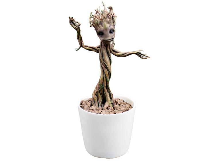 factory-entertainment-dancing-groot-lifesize-toyslife-01