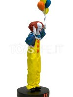 factory-entertainment-it-pennywise-premium-statue-toyslife-02