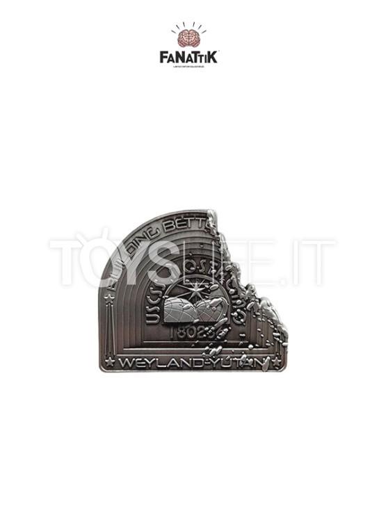 fanattik-alien-nostromo-limited-pin-badge-toyslife-icon