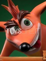 first4figures-crash-bandicoot-crash-statue-toyslife-07
