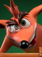 first4figures-crash-bandicoot-crash-statue-toyslife-08