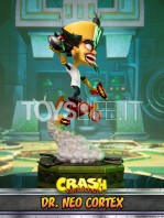 first4figures-crash-bandicoot-neo-cortex-statue-toyslife-01