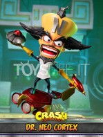 first4figures-crash-bandicoot-neo-cortex-statue-toyslife-04