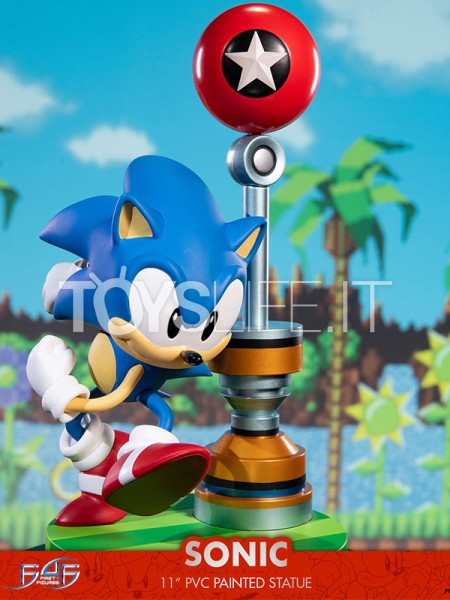 first4figures-sonic-the-hedgehog-sonic-pvc-statue-toyslife-icon