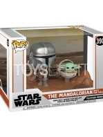 funko-movie-moments-star-wars-the-mandalorian-the-mandalorian-with-the-child-toyslife-01