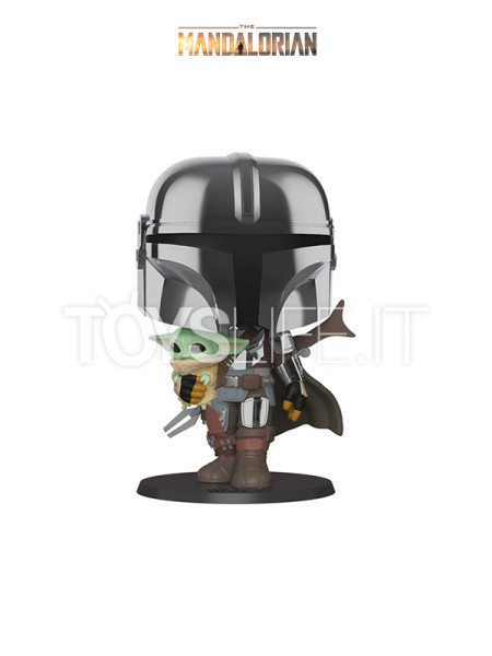 funko-television-star-wars-the-mandalorian-the-mandalorian-holding-the-child-toyslife-icon