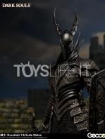 gecco-dark-souls-black-knight-kurokishi-pvc-statue-toyslife-08