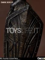 gecco-dark-souls-black-knight-kurokishi-pvc-statue-toyslife-14