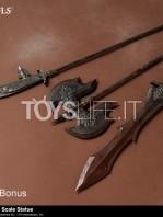 gecco-dark-souls-black-knight-kurokishi-pvc-statue-toyslife-17