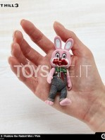 gecco-silent-hill-3-robbie-the-rabbit-pink-toyslife-02