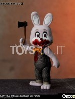 gecco-silent-hill-3-robbie-the-rabbit-white-toyslife-01