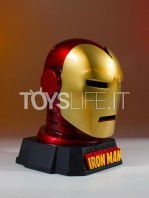 gentle-giant-marvel-ironman-helmet-desk-accessory-toyslife-06