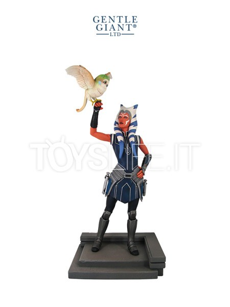 gentle-giant-star-wars-clone-wars-ahsoka-tano-statue-toyslife-icon