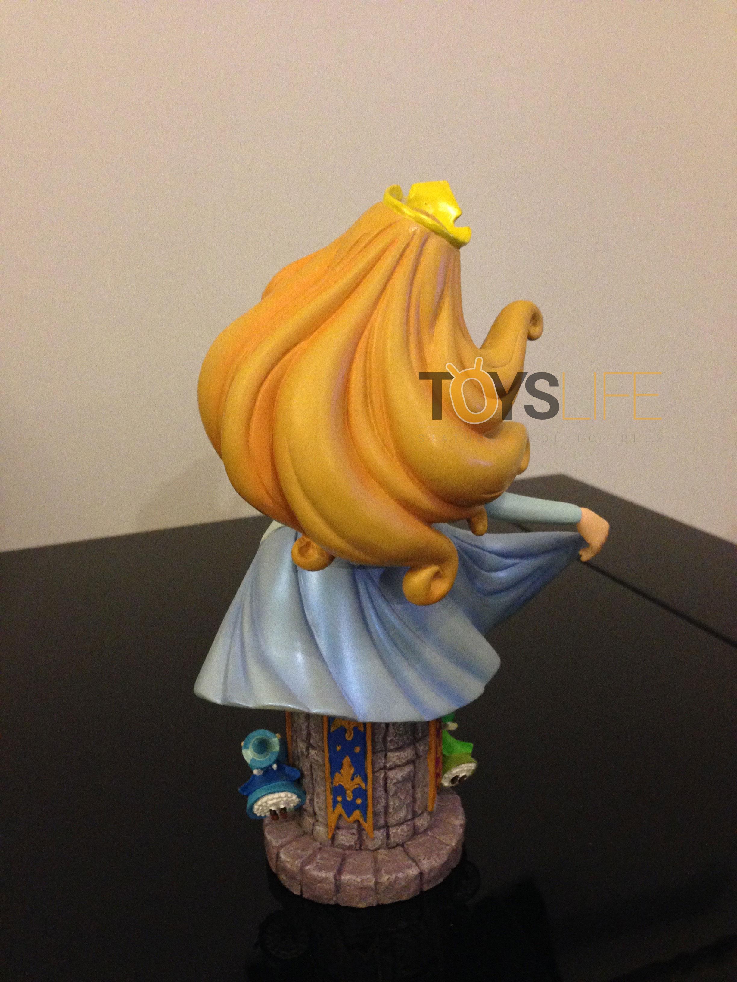 grand-jester-studios-aurora-blue-dress--bust-toyslife-review-02