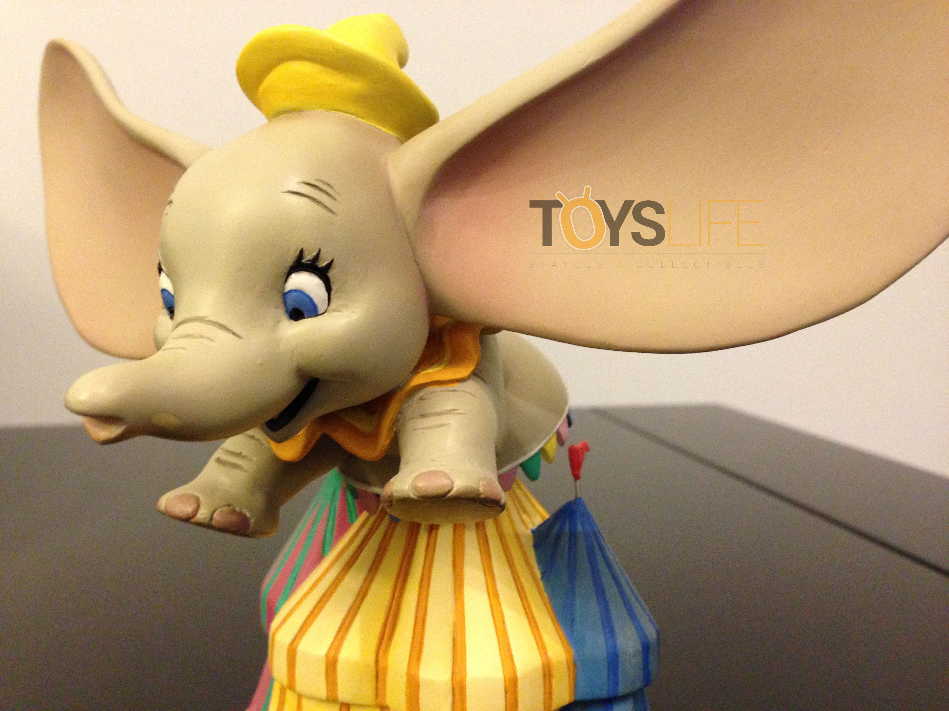 grand-jester-studios-dumbo-bust-toyslife-review-02