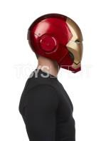 hasbro-marvel-ironman-helmet-toyslife-10